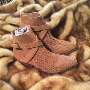 SEXy Free People Distressed Woven Suede Booties 9